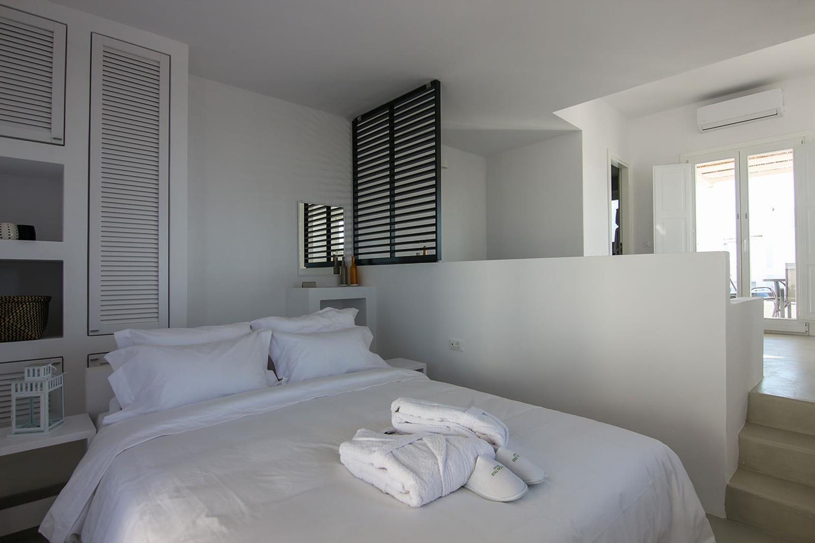 Folegandros Accommodation Offers | Lemon Tree Houses